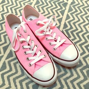 NWOT Converse All Stars